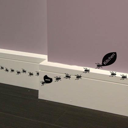 Забавные и креативные наклейки на стену
